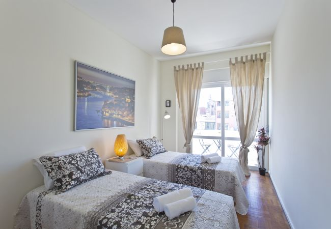 Apartment in Porto - Sunny Cozy Flat - Trindade